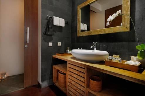 seiryu villas royal pool villa accommodation washbasin